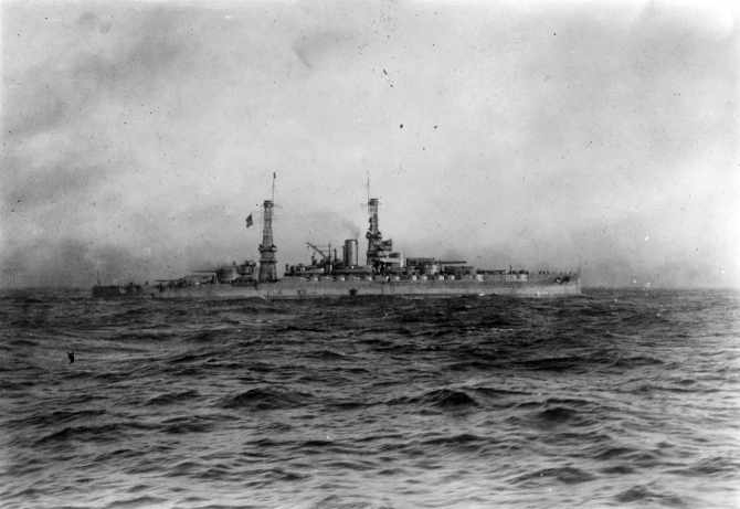 Pennsylvania off Brest, France, while escorting President Wilson to France, 13 December 1918. Photographed by Zimmer. (Naval History and Heritage Command Photograph NH 3021)