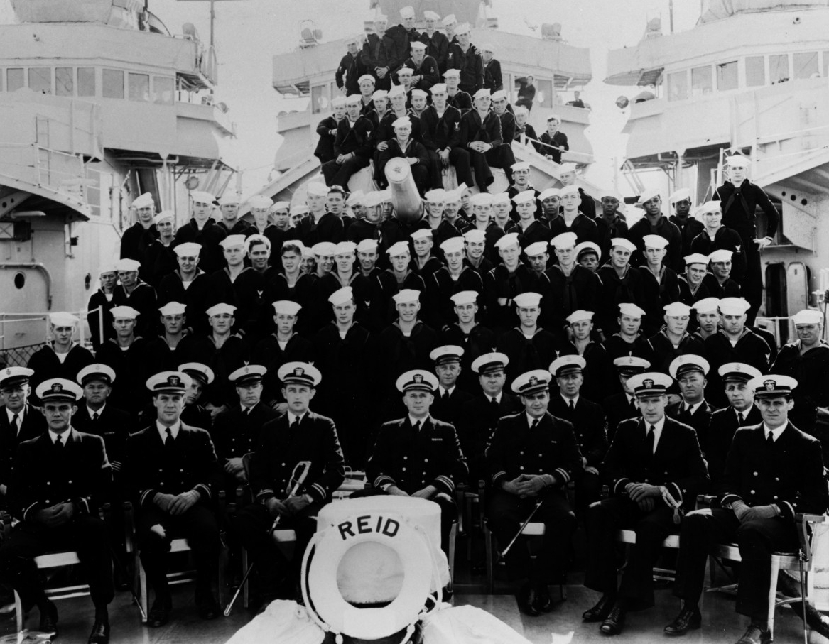 Reid's ship's company photographed in the Spring of 1940, just prior to a voyage to Lāhainā Roads, T.H. (Naval History and Heritage Command Photograph NH 86752)