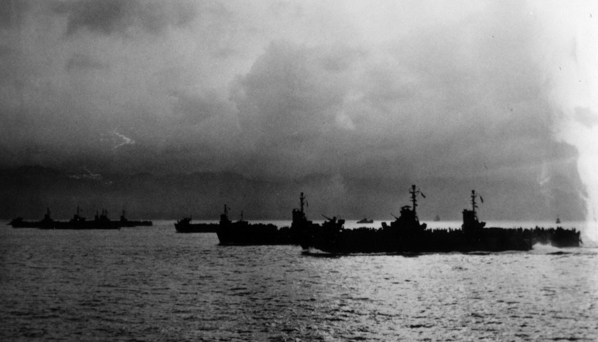 Reid escorting landing craft in the Pacific. Believed to be from the destroyer's convoy run on 11 December 1944. (From the Captain Rufus Porter Collection, photograph UA 460.19)