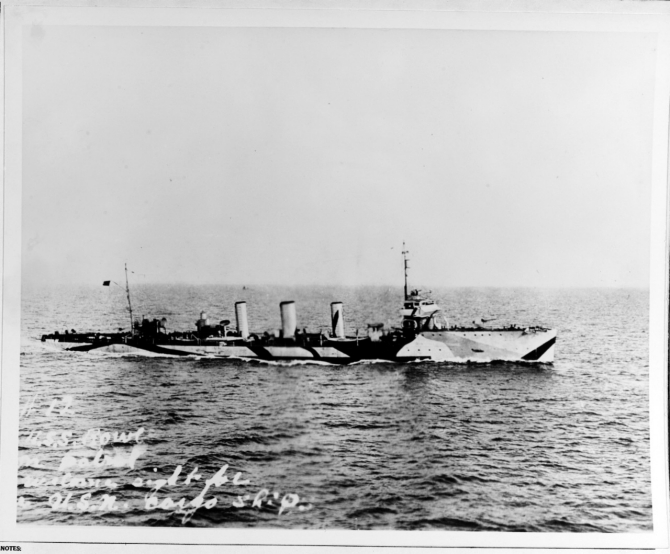 Roe on patrol in 1918. She is painted in dazzle camouflage. (Collection of Peter K. Connelly, Naval History and Heritage Command Photograph NH 64986; courtesy of William H. Davis, 1967)