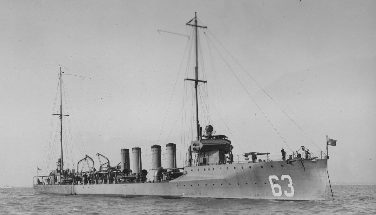 Sampson anchored in Hampton Roads, her colors snapping in a crisp breeze, 13 December 1916. (U.S. Navy Bureau of Ships Photograph 19-N-11476, National Archives and Records Administration, Still Pictures Division, College Park, Md.)