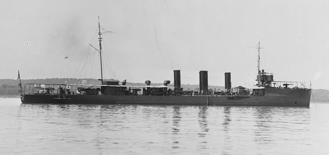 Terry, at anchor, prior to World War I (Naval History and Heritage Command Photograph NH 43766)