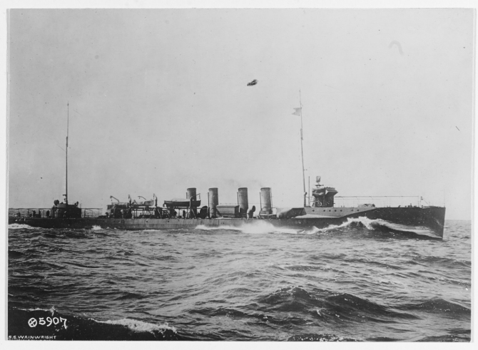 Wainwright photographed on preliminary trial standardization course, Delaware Breakwater. (Naval History and Heritage Command, NH 43769).