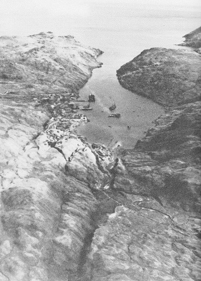 Image of Finger Bay, Adak, Aleutian Islands.