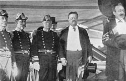 Image of Admirals Brownson, Davis and Evans, President Theodore Roosevelt and Secretary Bonaparte. NH 1203