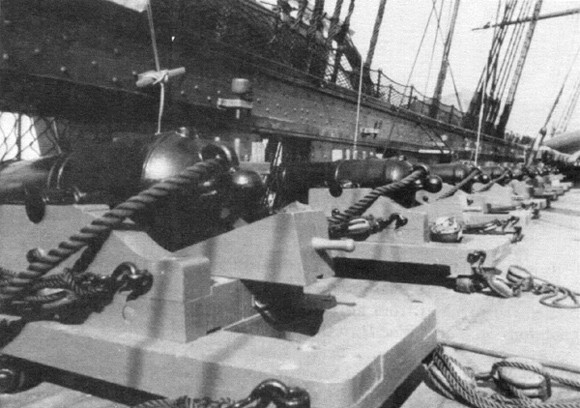 Constitution's spar-deck battery included 'chase guns' as well as these short-barreled 32-pounder carronades