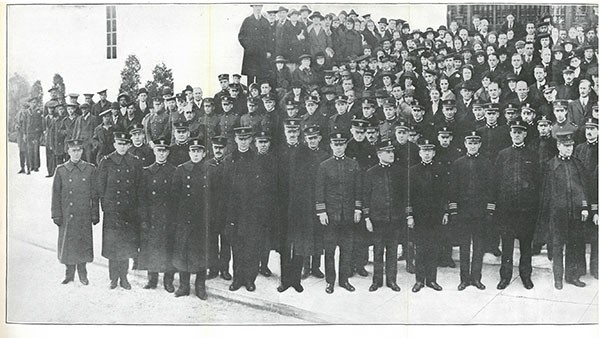OFFICERS, ENLISTED PERSONNEL AND CIVILIAN EMPLOYEES OF BUREAU OF STEAM ENGINEERING, 1917-1918. [Pt. I]
