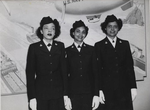 """'First Negro WAVES enter Hospital Corps School at Medical Center' - Hospital Apprentices Second Class Ruth C. Isaacs, Katherine Horton, and Inez Patterson (left to right) are the first Negro WAVES to enter the Hospital Corps School at National Naval Medical Center, Bethesda, Maryland."""