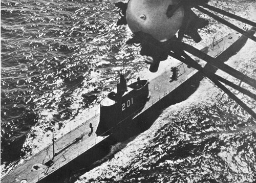 USS Triton (SS-201) Photographed from a U.S. Navy Blimp