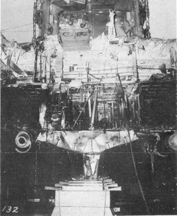 Photo 30: Stern view of bottom structure at damaged section.