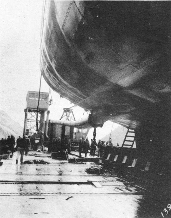 Photo 31: General view of starboard shaft showing bend caused by stern structure aft of frame 170.