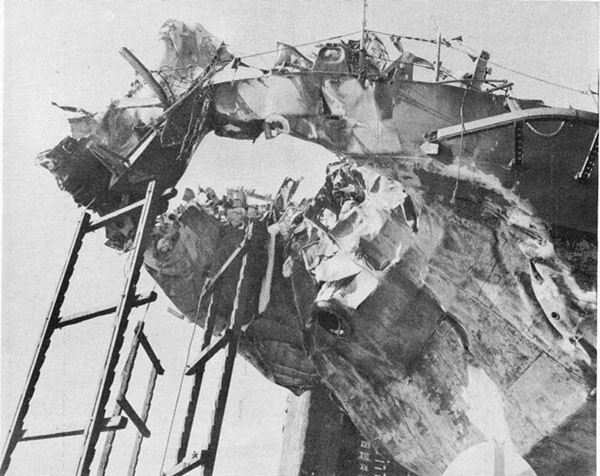 Photo 41: Starboard side view of damage to stern USS KENDRICK.