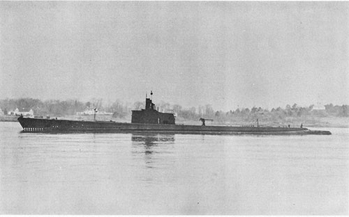 Photo 8-1: GRENADIER (SS210). Photo taken on 27 December 1941.