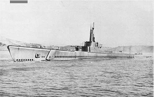 Photo 10-2: TANG (SS306). Photo taken on 2 December 1943.