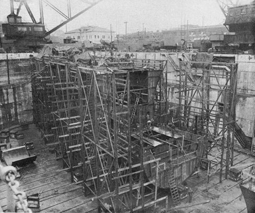 Photo 19: Prefabricated bow for USS NEW ORLEANS in last stages of assembly on 2 April, 1943.