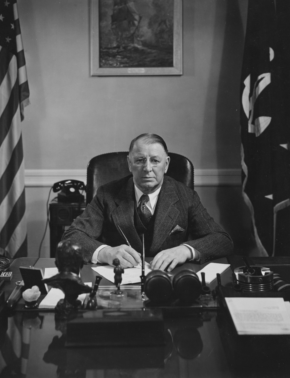 Photo #: 80-G-399009  Secretary of the Navy Frank Knox