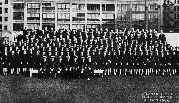 Atlantic Fleet Records Office group photo